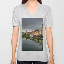World Popular Impressive Castle Reflection Czechia UHD Unisex V-Neck