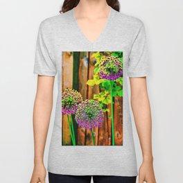 Allium Unisex V-Neck