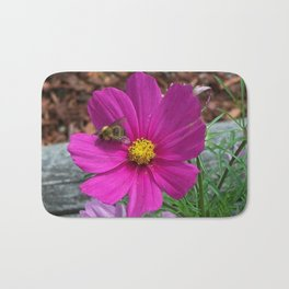 Coreopsis Flower with Bee Bath Mat