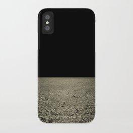 mareggiata dorata iPhone Case