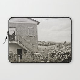 Living in the Italian countryside Laptop Sleeve