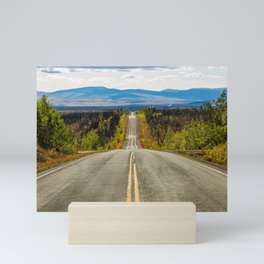 Never-ending Taylor Highway, Chicken, Alaska, color photography by Diego Delso, delso.photo Mini Art Print