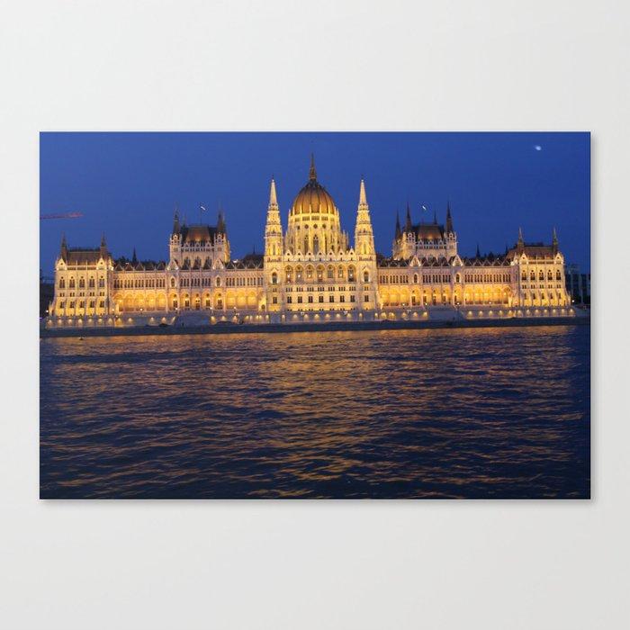 hungarian parlament Canvas Print