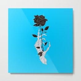 Rosa negra fondo azul celeste mano esqueleto Metal Print