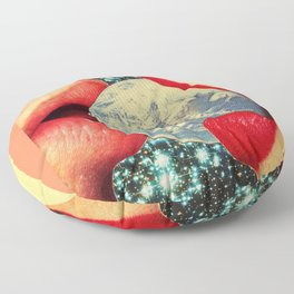 Lovers who eat the world Floor Pillow