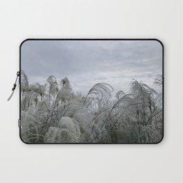 Wisps in the wind Laptop Sleeve