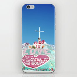 Salvation Mountain in the Californian Desert iPhone Skin