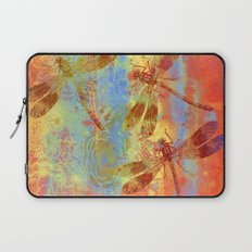 A Dragonflies QQW Laptop Sleeve