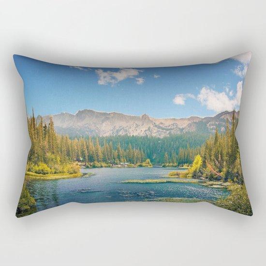 Penetrating in nature Rectangular Pillow
