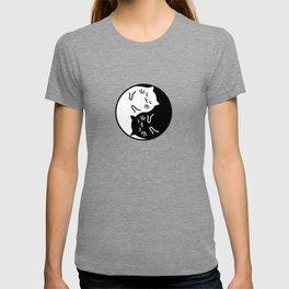 Cute cats Yin Yang sign T-shirt