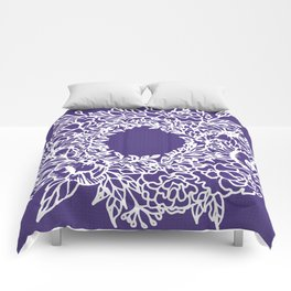 White Flowery Linocut Wreath On Checked UltraViolet Comforters