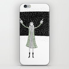 Eloise loves winter iPhone & iPod Skin