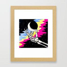 m00n n $tar$ Framed Art Print