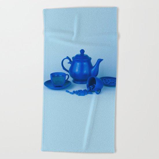 Blue tea party madness - still life Beach Towel