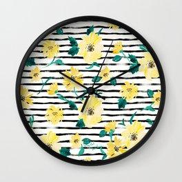 Happy flowers Stripe Wall Clock