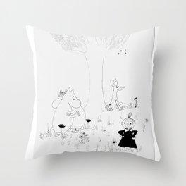 Moomin Love Throw Pillow