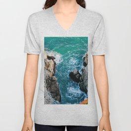 Ocean falaise 5 Unisex V-Neck