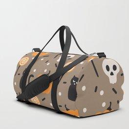 Happy halloween cats, skulls, pumpkins and sweets pattern Duffle Bag