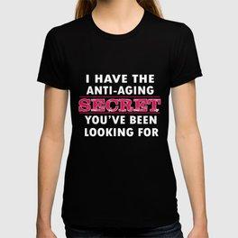 Yoga T-Shirt Funny Anti-Aging Secret Apparel Gift Tee T-shirt