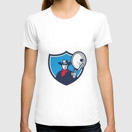 Cowboy Aiming Satellite Dish Crest Retro T-shirt