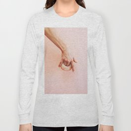 hand holds donut Long Sleeve T-shirt