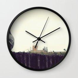 der taub sehnsucht Wall Clock