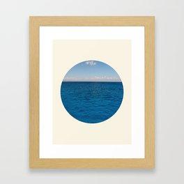 Water & Sky Horizon Round Photo Framed Art Print