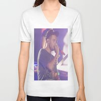 liam payne V-neck T-shirts featuring Liam Payne by Halle