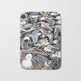 Sea gulls for bird lovers Bath Mat