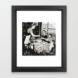 Un Repas de Roi Framed Art Print