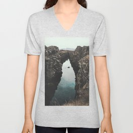 I left my heart in Iceland - landscape photography Unisex V-Neck