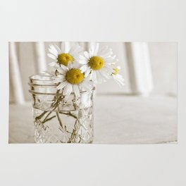 Simple White Daisy Flowers Rug