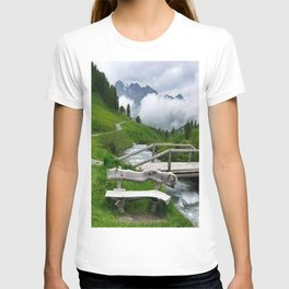 GREEN ART T-shirt