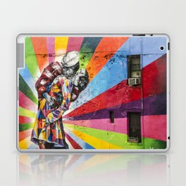 Times Square Kiss in Chelsea Laptop & iPad Skin