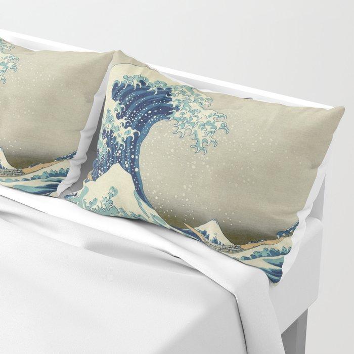 The Classic Japanese Great Wave off Kanagawa Print by Hokusai Kissenbezug