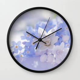 Queen and court- Spring flowers in blue and white - Stilllife Wall Clock