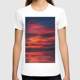 Sunset color on the Koh Phangan T-shirt