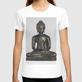Buddha Shakyamuni sculpture during 15th century T-shirt