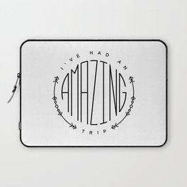 Travel graphics with the quote 'I've had an amazing trip' Laptop Sleeve