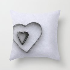 I carry your heart in my heart Throw Pillow