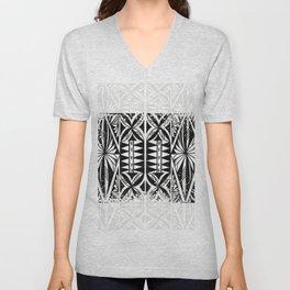 Black and white Siapo (tapa) Unisex V-Neck