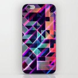lysyr 8 iPhone Skin
