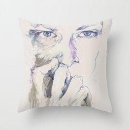 retrato Throw Pillow