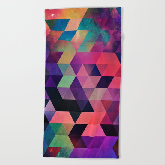rykynnzyyll Beach Towel