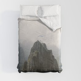 Flying Mountain Explorer - Landscape Photography Comforters
