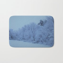 Snowy White with Arctic Filter Bath Mat