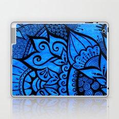 Tangle on blue Laptop & iPad Skin