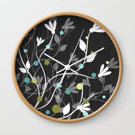 Nightfall Breeze Wall Clock