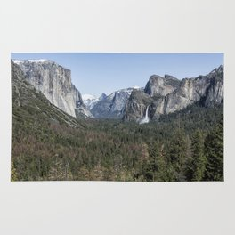 Tunnel View of Yosemite During Spring Rug