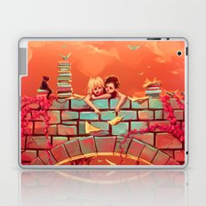 Les promesses d'une romance Laptop & iPad Skin